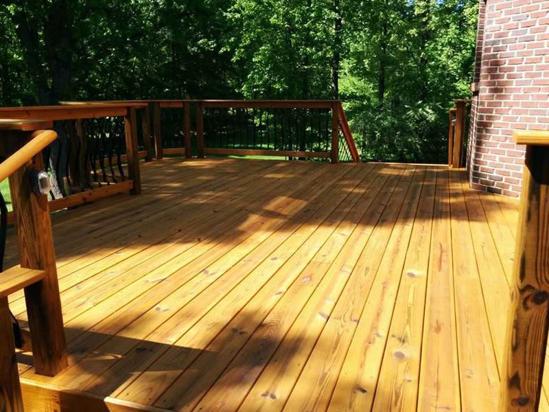Large deck cleaning services in Spain