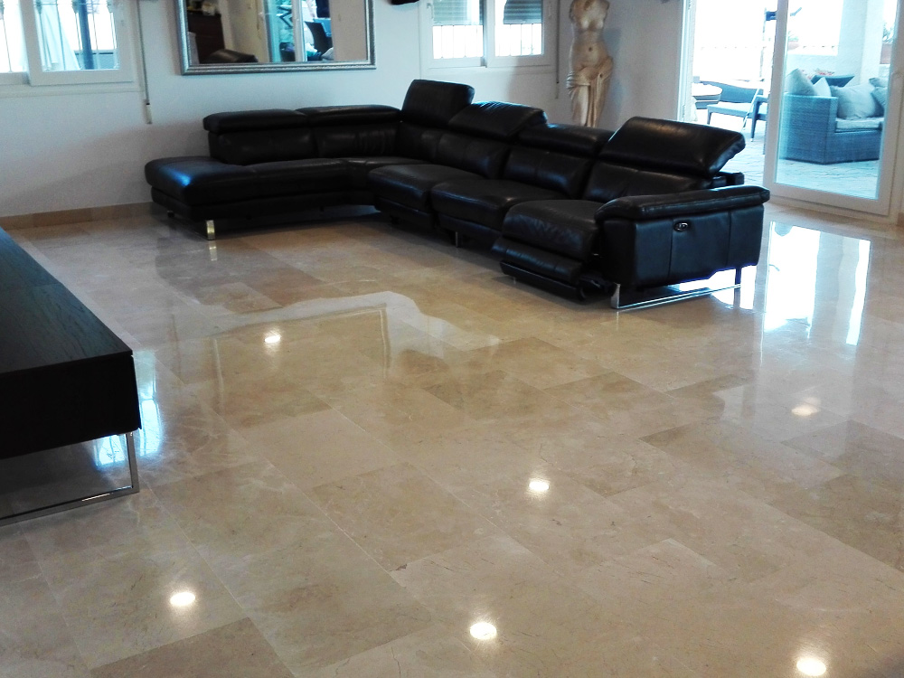 Marble polishing service for a house in southern Spain